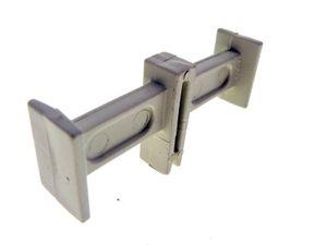 Piece de distance condensateur-
